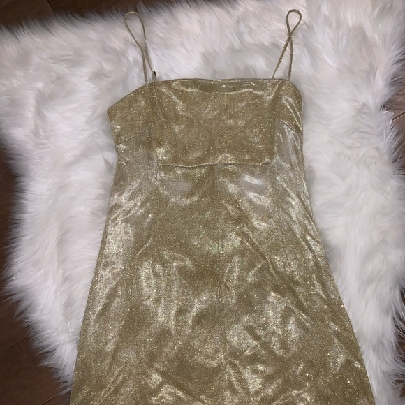 Urban Outfitters Dresses & Skirts - Adorable Gold mini dress